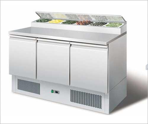 Edelstahlmöbel - Gastroworld-24 - Onlineshop für Gastronomiebedarf