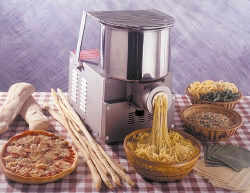 Pastamaschine Gina Das ideale Profi-Einsteigermodell - Produkt - Gastrowold-24 - Ihr Onlineshop für Gastronomiebedarf