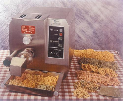 Pastamaschine PROFI 9 Für echte Vermarktungsprofis - Produkt - Gastrowold-24 - Ihr Onlineshop für Gastronomiebedarf