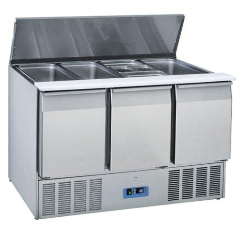 Saladette mit 3 Türen GN 1/1 und Deckel, 12x GN 1/3 h=150 mm, 0°/+8°C - Virtus - Gastroworld-24